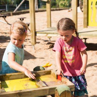 Wasserspiel & Kinder: Warum Wasserspiel die Entwicklung fördert